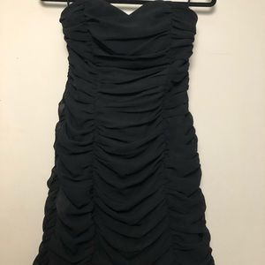 H&M Dresses - Black Strapless Sweetheart Ruched Minisdress
